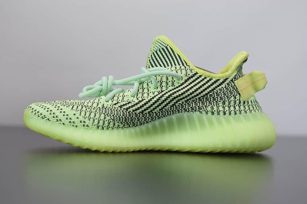 阿迪达斯AdidasYeezy Boost 350 V2黑荧光绿满天星休闲慢跑鞋纯原版本 货号:FW5191