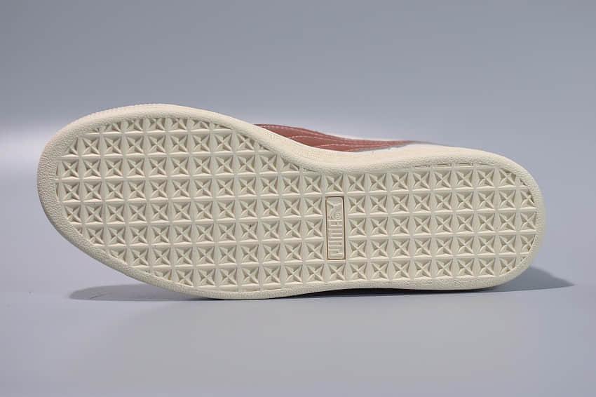 彪马PUMA Suede Clssic Glitz Wn's 蕾哈娜低帮休闲板鞋纯原版本 货号:363201-02