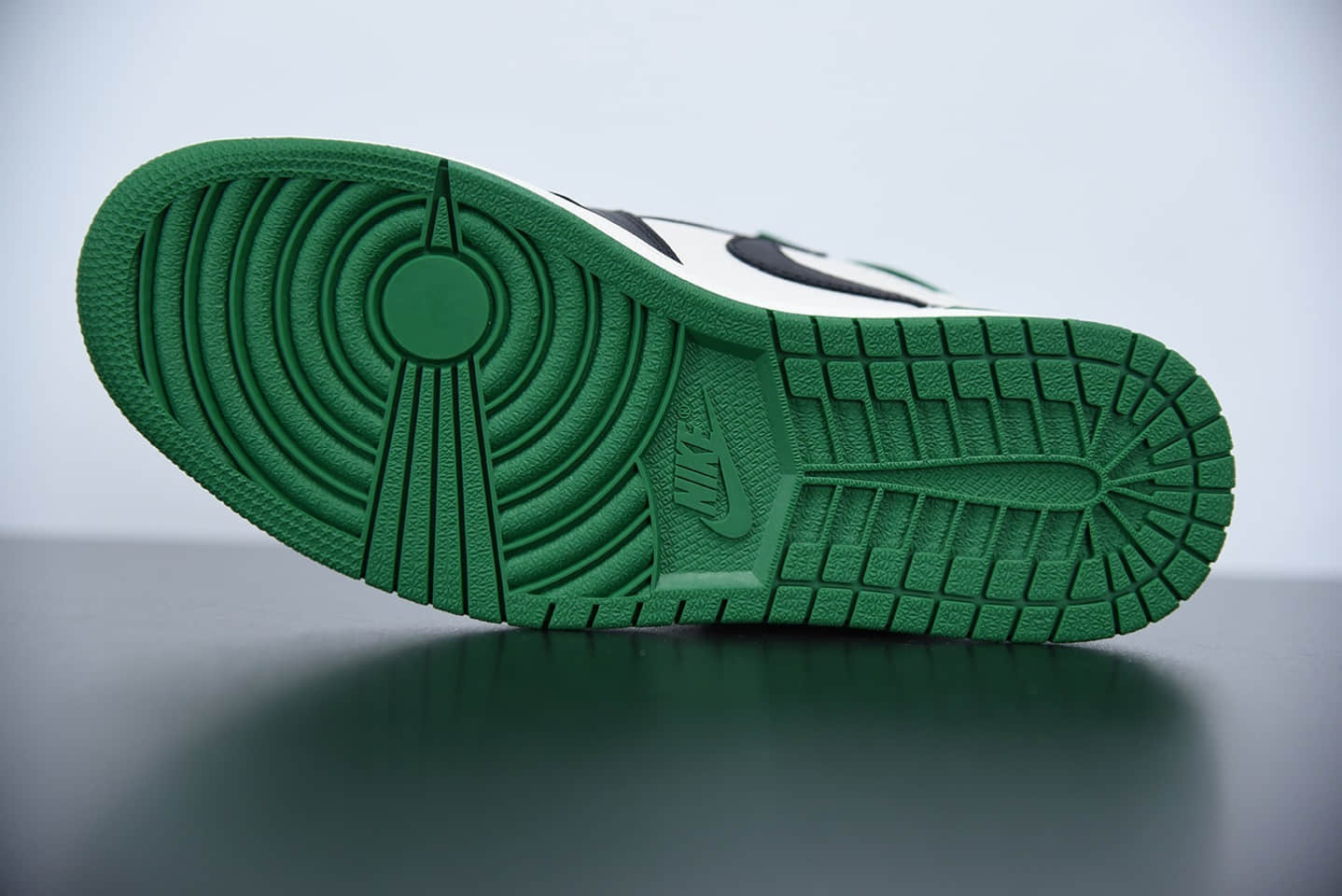 """乔丹Air Jordan 1 Retro High OG """"Pine Green""""黑绿脚趾高帮板鞋纯原版本 货号:555088-302"""