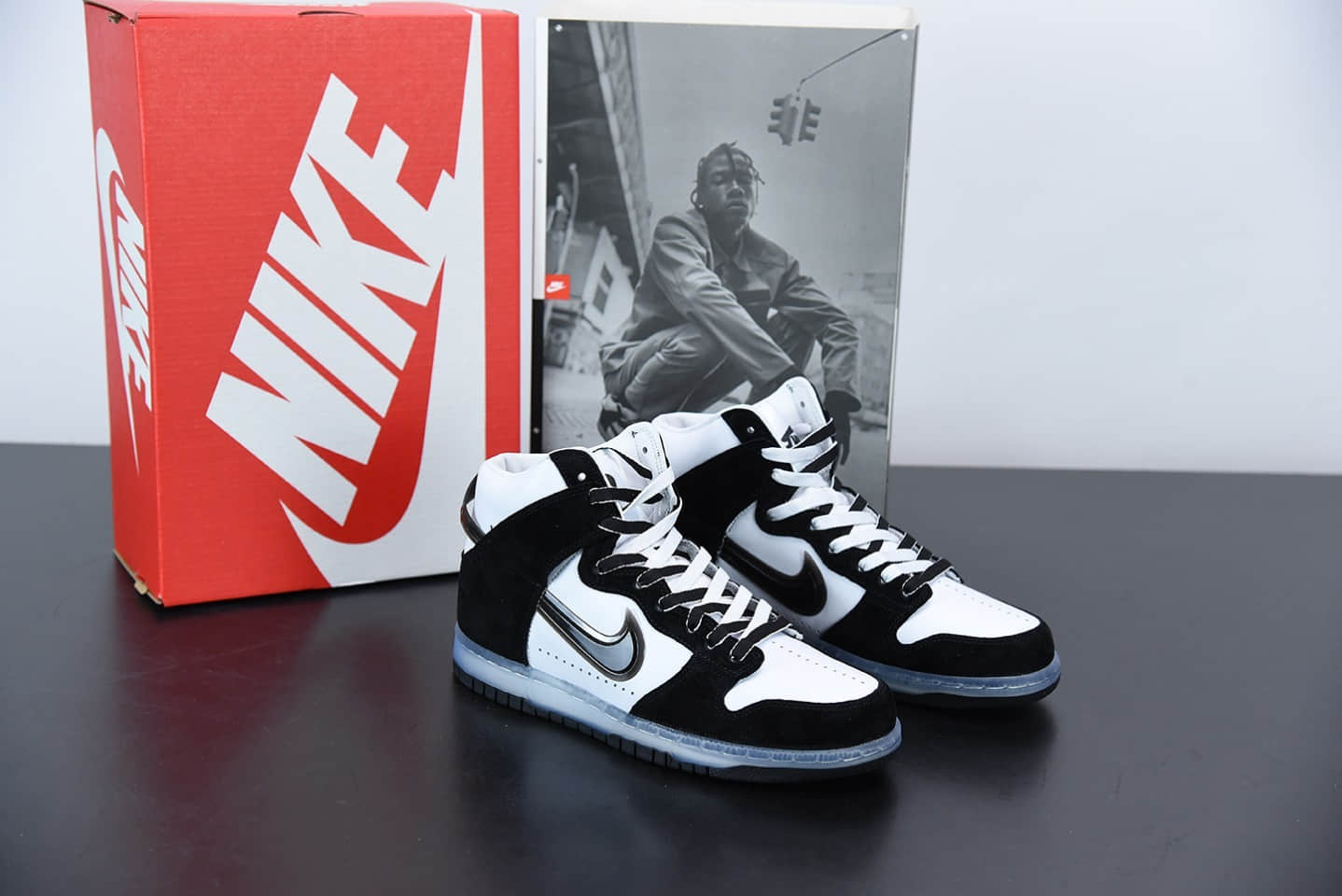 耐克Slam Jam x Nike Dunk High 黑白联名系列全头层皮高帮休闲滑板鞋纯原版本 货号:DA1639-101