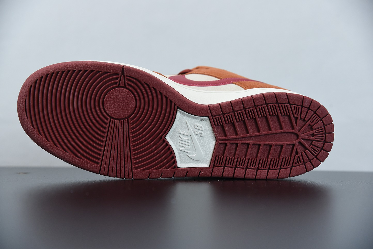 耐克Nike SB Dunk Lok Russet Cedar王一博同款红棕麂皮低帮休闲运动滑板鞋纯原版本 货号:BQ6817-202
