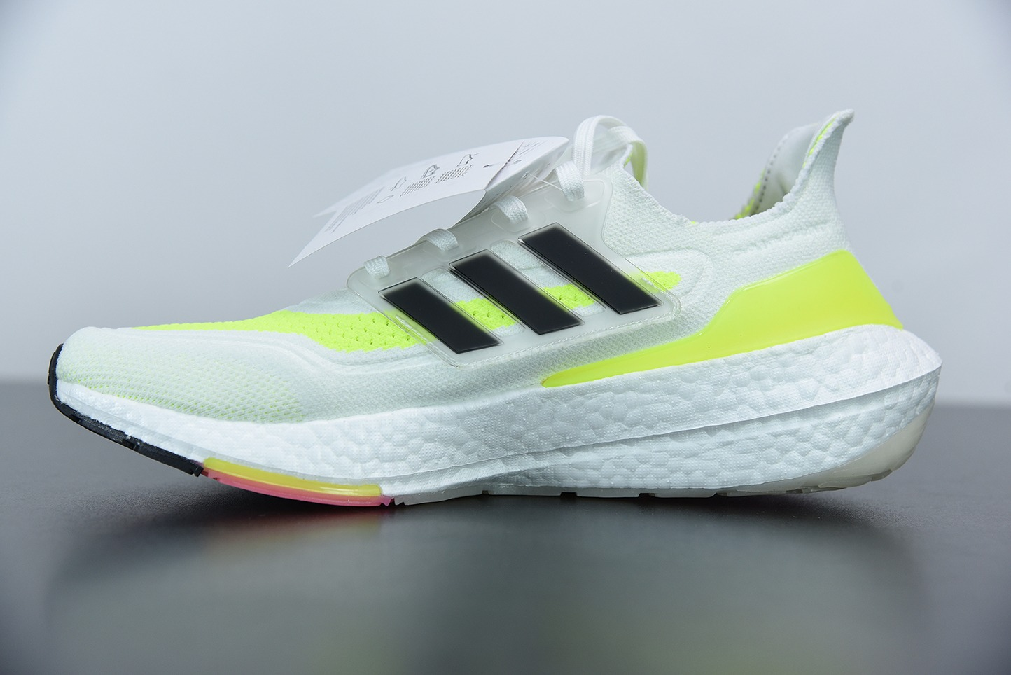 阿迪达斯 Adidas UltraBoost 21 白黑荧光黄加厚爆米花袜套式针织鞋面休闲运动慢跑鞋纯原版本 货号:FY0377