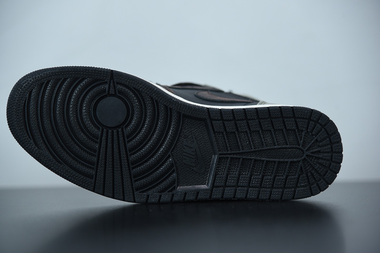 """乔丹Air Jordan 1 High OG High OG """"Shadow"""" 做旧古铜影子灰高帮板鞋纯原版本 货号:555088-033"""