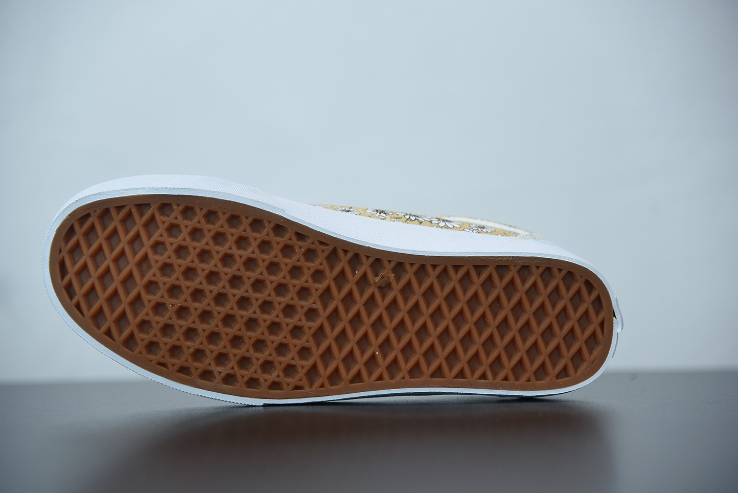 万斯VansOld Skool 拼接格纹小菊花低帮硫化休闲板鞋纯原版本 货号:VN0A7Q2J420
