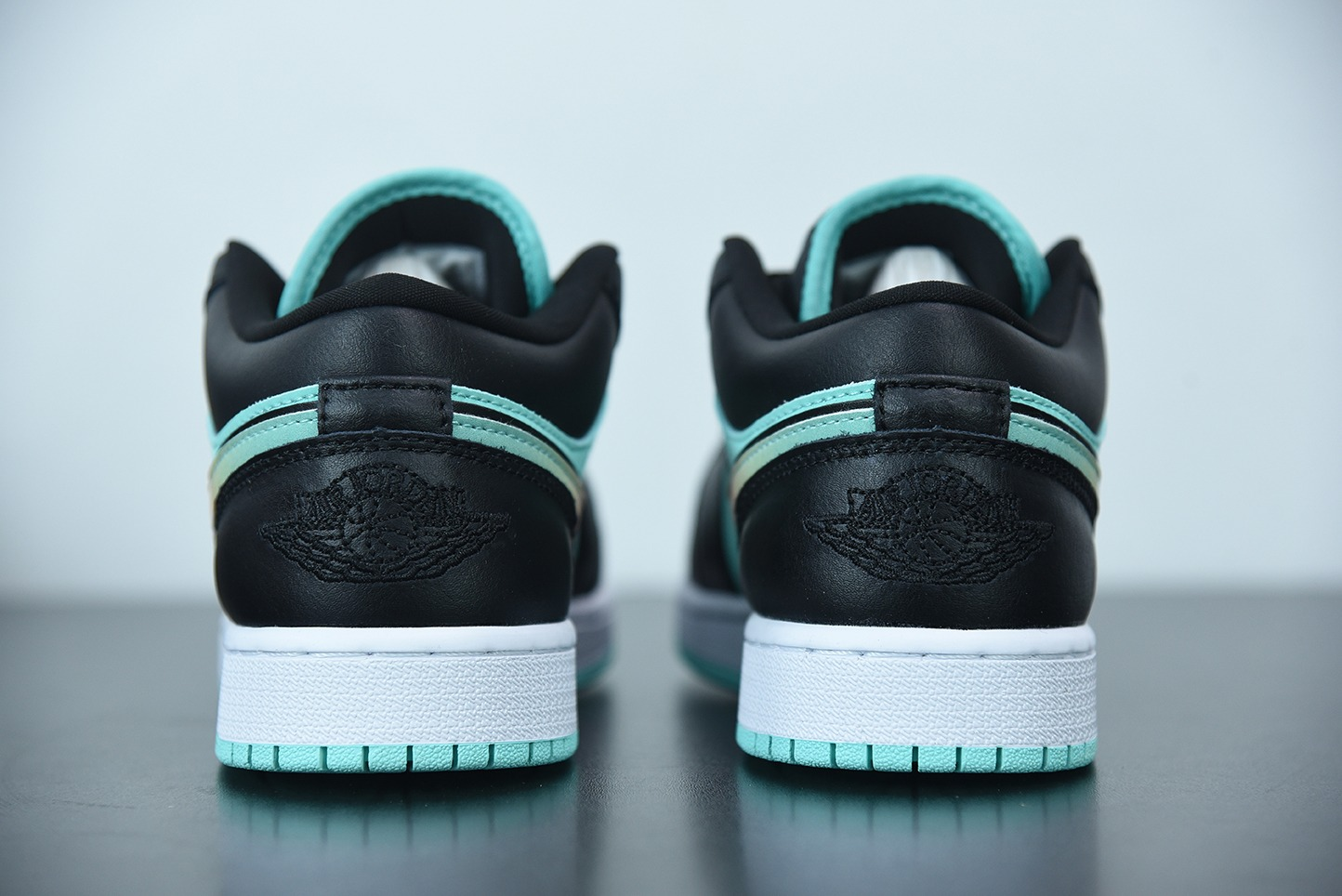 """乔丹Air Jordan 1 Low SE """"Tropical Twist""""蒂芙尼蓝黑绿色渐变色钩低帮板鞋纯原版本 货号:CK3022-301"""